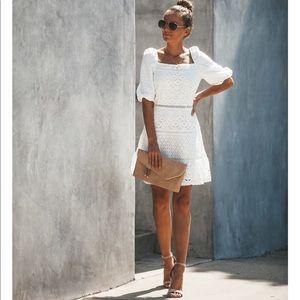 Dresses & Skirts - ✨WHITE EYELET DRESS✨💃🏽
